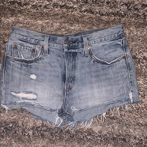 Levi's high waisted jean shorts NWOT